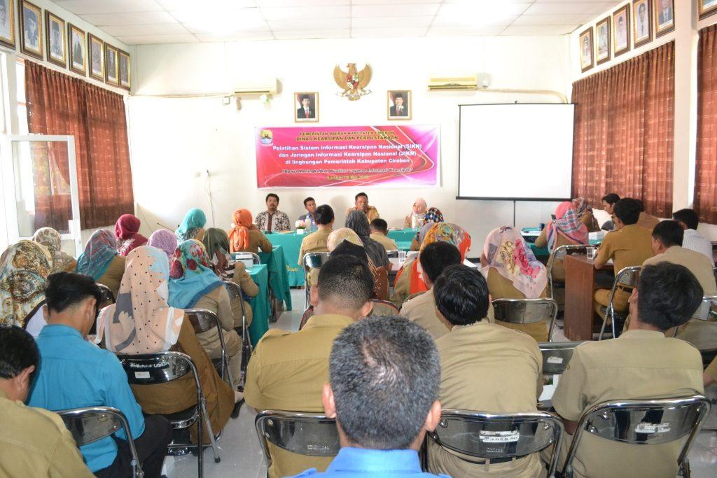 Pelatihan Sistem Informasi Kearsipan Nasional (SIKN) dan Jaringan Kearsipan Nasional (JIKN) dilingkungan Pemerintah Kabupaten Cirebon